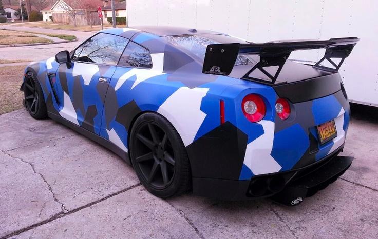 Покраска автомобиля в морской камуфляж