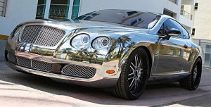 Хромированный автомобиль - дорого, но красиво