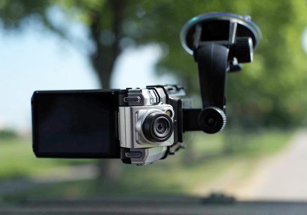 Автомобильные видеорегистраторы какой лучше dvr-4t mjpeg - автовидеорегистратор