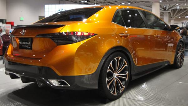 Новая Тойота Королла 2017 года  - старт продаж в России
