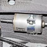 Как поменять топливный фильтр на Chevrolet Niva