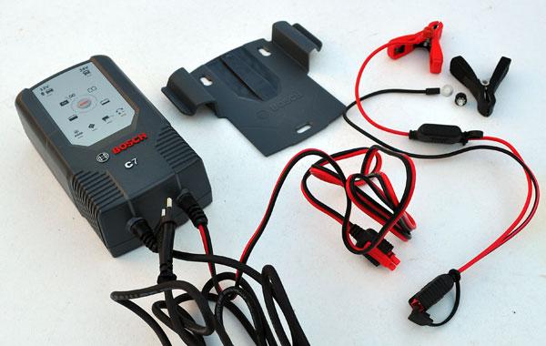 Лучшее зарядное устройство Бош C7 для автомобильного аккумулятора