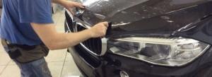 Технология оклейки кузова автомобиля антигравийной пленки своими руками